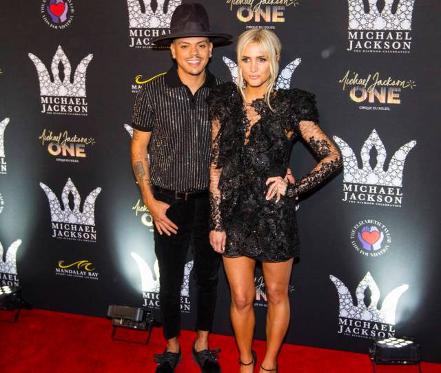 Evan Ross Left And Ashlee Simpson Pose On The Red Carpet Ahead Of The