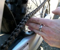 How to tighten your motorcycle chain on a Dirt / Motorcycle / Enduro / Street