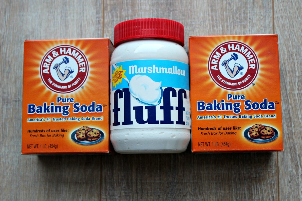 Baking Soda en Marshmallow fluff