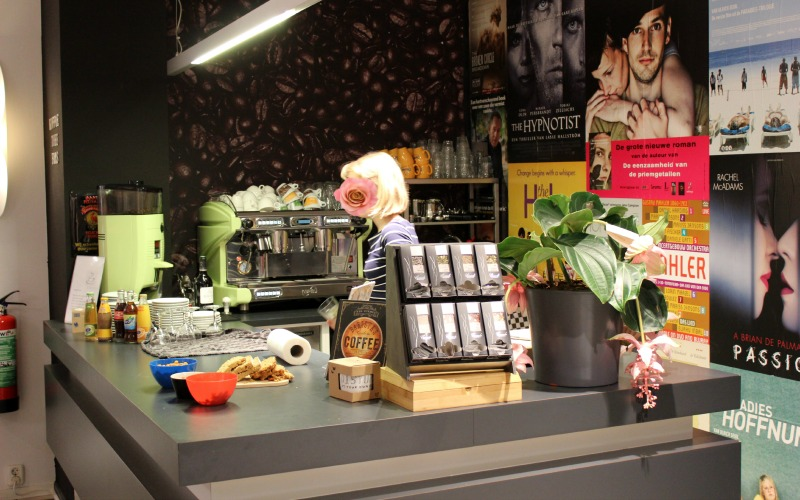 Boekhandel Van der Velde Groningen A-Kerkhof - Koffie thee