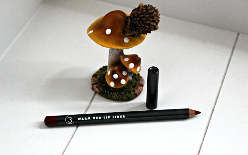 StyleTone Box oktober - Three Custom Color Specialists Lip pencil - Warm Red