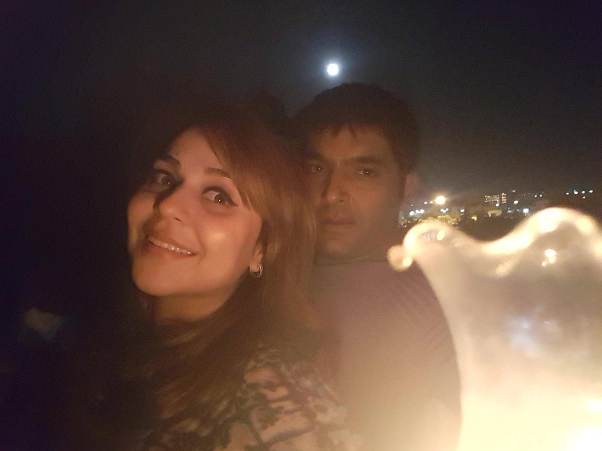Kapil with his wife Bhavneet aka Ginni