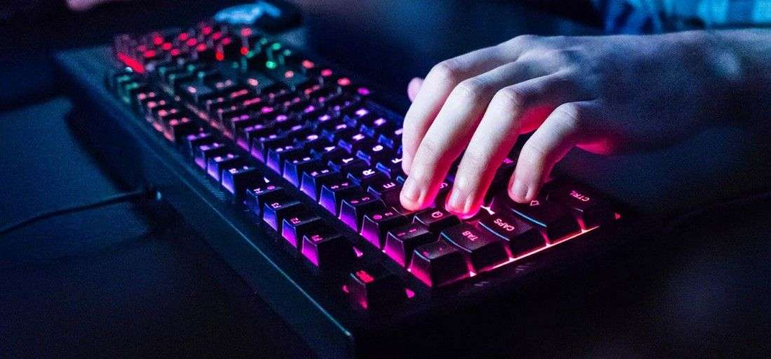 64802bf55ee The Best Gaming Keyboards UNDER £100