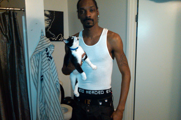Snoop Dogg With A Cat