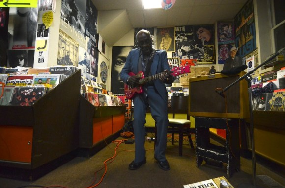 leo bud welch blues treehouse 5