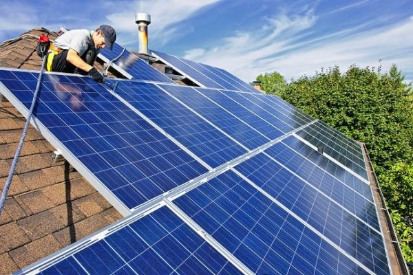 Panels are made from linked solar cells. Image credit thinksolar-us.com