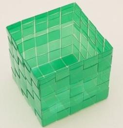 caixa garrafa pet