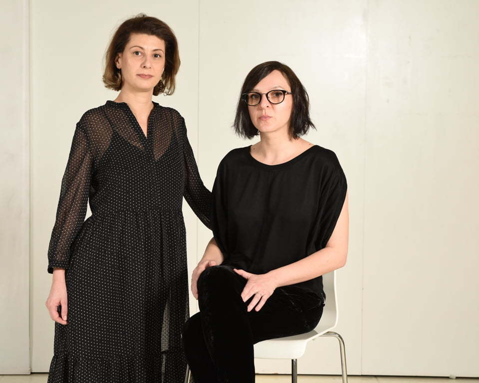 Anca Dumitrescu si Elena Marcu, cofondatoarele Black Button Books