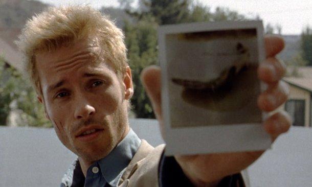 Amnésia (2000), Christopher Nolan