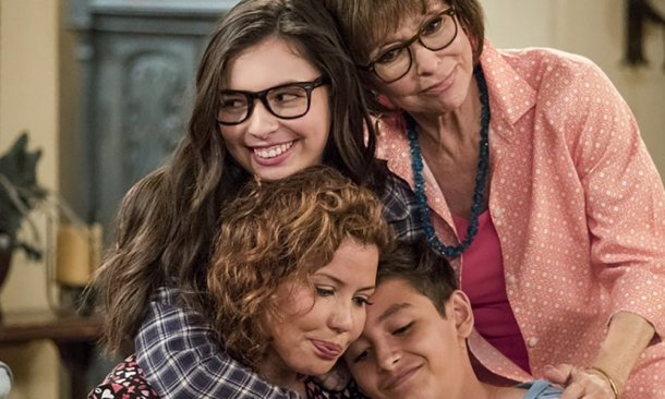 One Day at a Time (2017), Gloria Calderon Kellett, Mike Royce