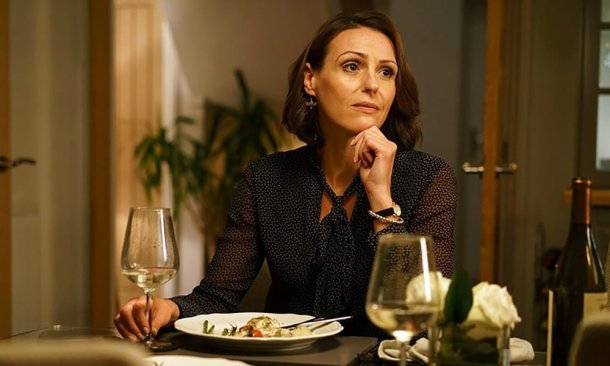 Doctor Foster (2015), Jeremy Lovering, Tom Vaughan e Bruce Goodison