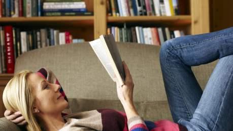 Pesquisa global mostra que pessoas que leem são mais felizes