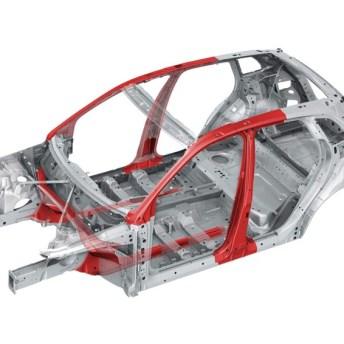 Diferentes niveles de protección lateral en carrocerías mediante aceros de ultra alto límite elástico (Audi Q5 y Volvo V40)