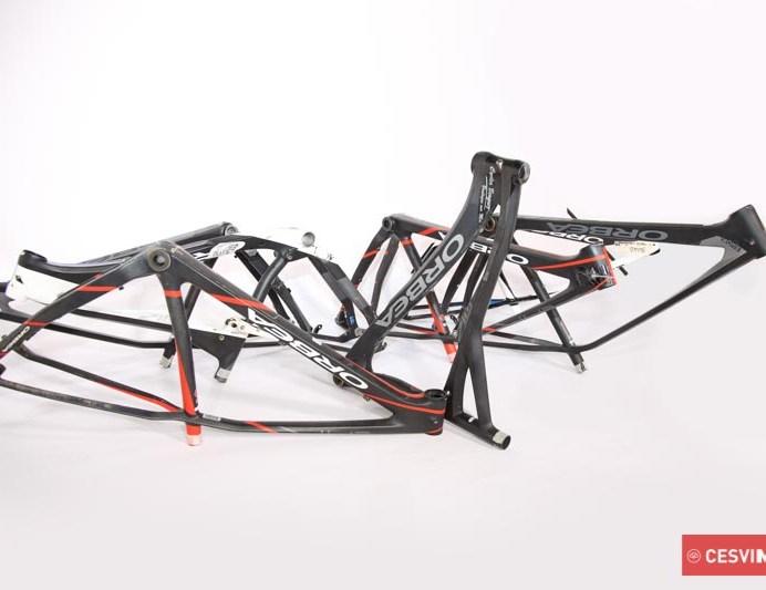 Cuadros de bicicletas dañados