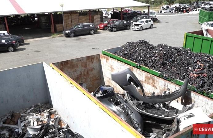 Reciclaje de diferentes materiales.