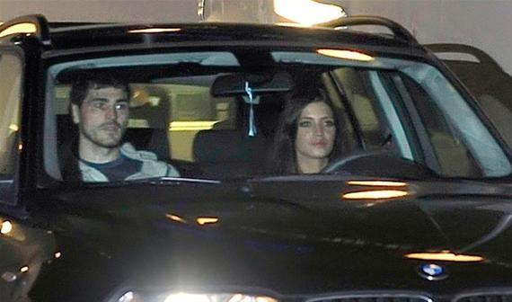 sara carbonero1 Iker Casillas regala a Sara Carbonero un cochazo por su cumpleaños
