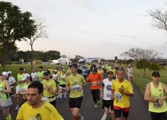 Corrida Maratona Foz do Iguaçu 2016 - Revista Correr