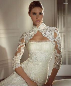 vestido com detalhe no pescoco 5
