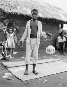 toni-matayu-campo-de-refugiados-mozambiquenos-malawi-1992-c-fazal-sheikh-2009