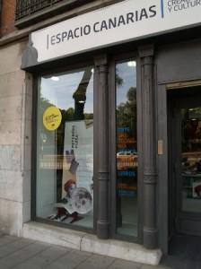escaparate-del-espacio-canarias-en-madrid-logopress