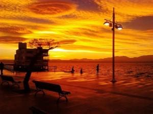 UNO. Amanecer en la bahía Foto Miguel Á. Miguélez