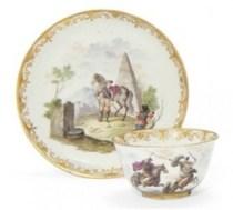 Plato y taza de Capodimonte de hacia 1750  (precio mercado internacional: 5.400 euros)