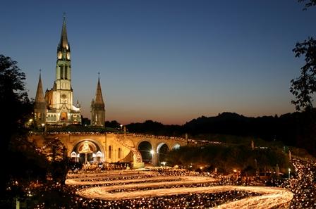 Lourdes_Processione delle torcie