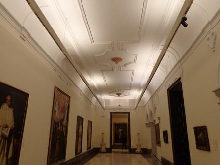 Antigua iluminación en el Museo de Bellas Artes de San Fernando