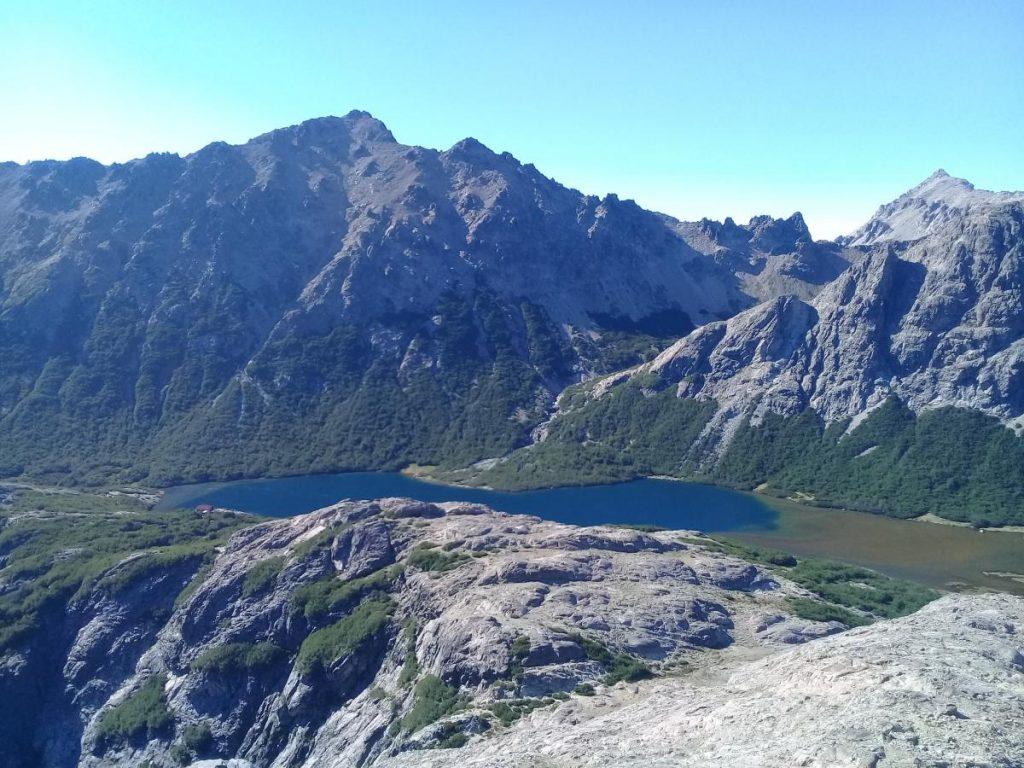 Laguna Jakob desde ascenso al cerro Navidad