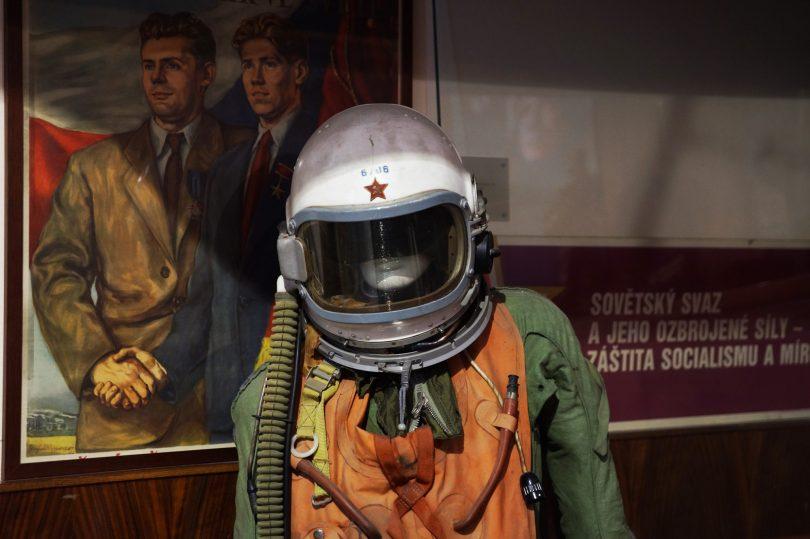 Escafandra, piloto. Alejandro Taquechel. Museo del Comunismo (Praga). The Red Stone.