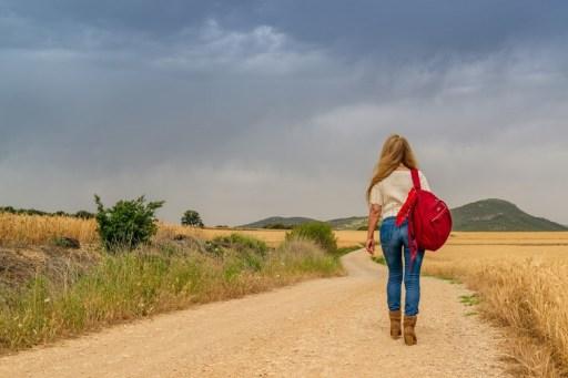 Mujer caminando
