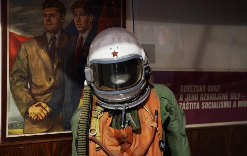 Alejandro Taquechel. Museo del Comunismo (Praga). The Red Stone.