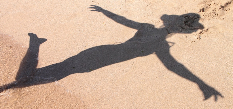 mulher na sombra