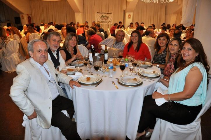 mesa-invitados
