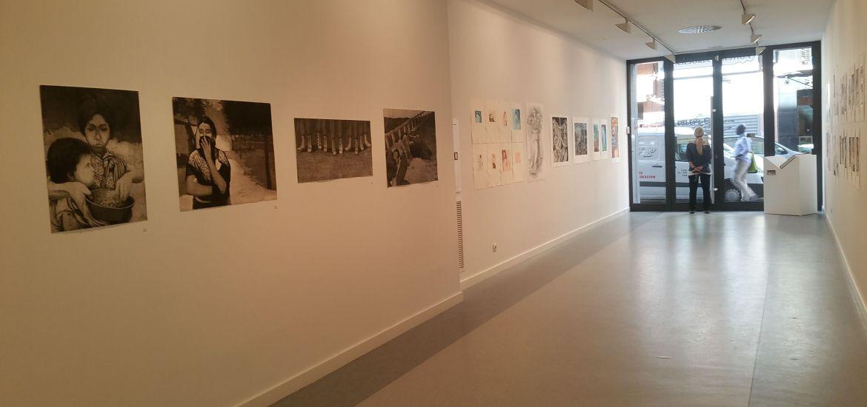 sala Galería A del Arte. Exposición No solo palabras