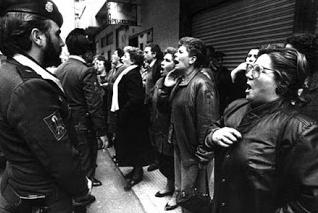 Madres contra la droga ante la audiencia provincial en Galicia.