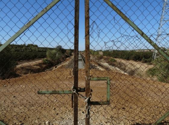 Caminos usurpados, montes cerrados. El fin de la última tierra común.