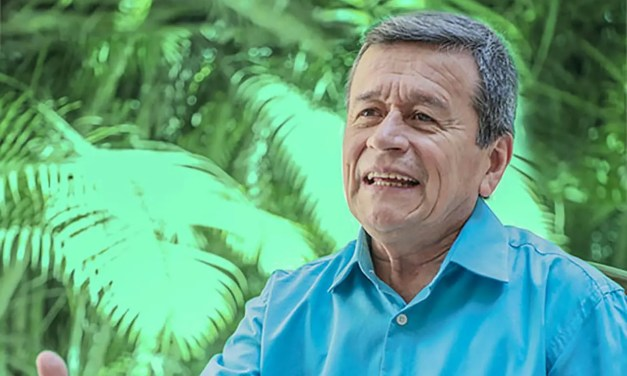 """""""Las negociaciones de paz son como el amor o como un baile: se necesitan dos"""" Pablo Beltrán (ELN)"""