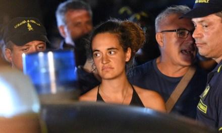 Detienen en Lampedusa a a la capitana del buque Sea Wacht, Carola Rackete