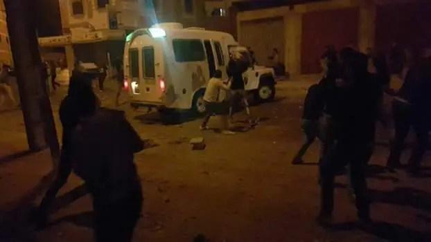 Represión en El Aaiún durante los festejos populares por la victoria argelina en la Copa África