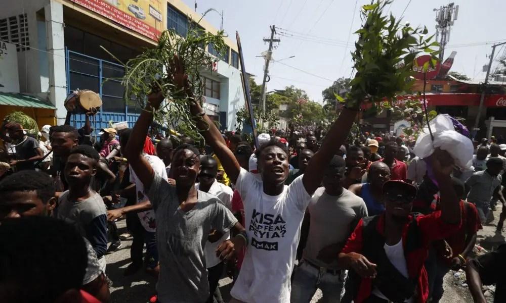 Antes de los chalecos amarillos, Chile y Líbano, estuvo el levantamiento en Haití