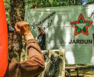 """""""Nosotros luchamos contra la opresión nacional y social de los estados español y francés, el capital y sus gestores socio-políticos"""""""