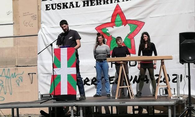Crónica y Vídeo/ Jardun. Aberri Eguna feminista, independentista y socialista