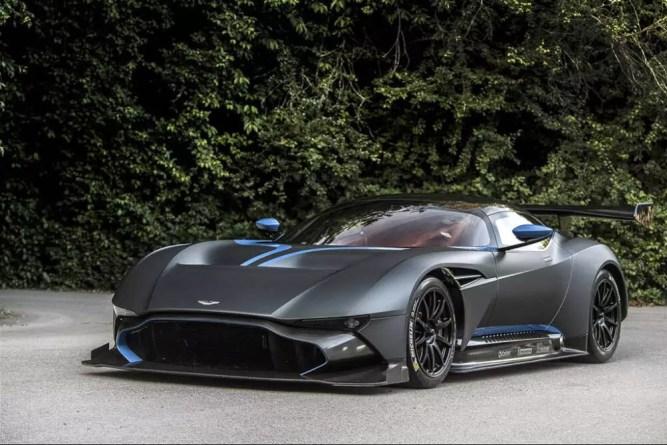 Esportivo de US$ 2,3 milhões da Aston Martin é presente para futuro comprador de cobertura em Miami