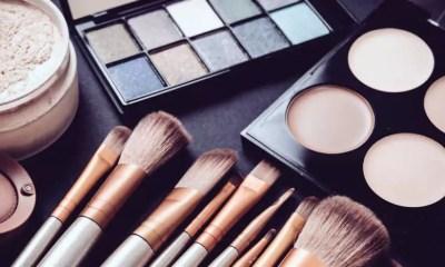 Empresa cria delivery de maquiagem inédito no Brasil