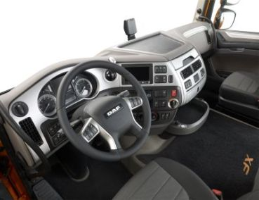 24 Euro 6 XF dashboard