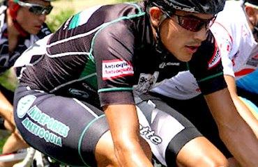 Alex Cano es figura en la Vuelta a México