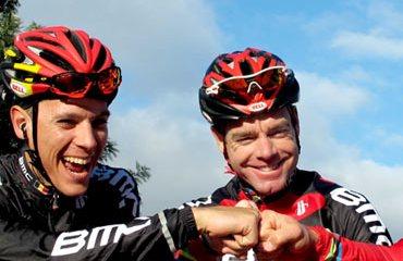 Cadel Evans junto al belga Philippe Gilbert