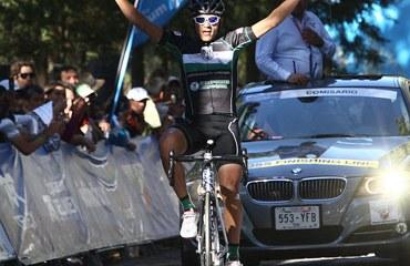 Alex Cano victorioso en México