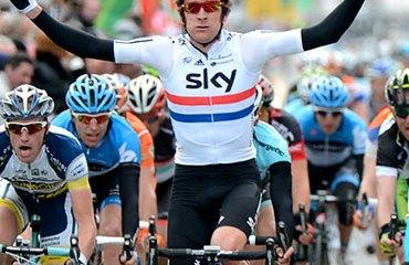 Wiggins ganando en un inusual embalaje en Romandía